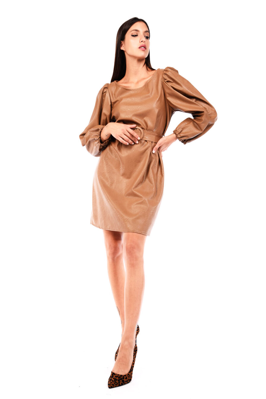 Φόρεμα δερματίνη με φουσκωτά μανίκια