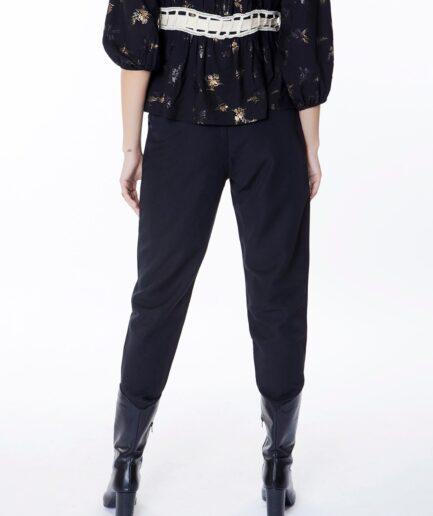 Παντελόνι μαύρο με κουμπιά